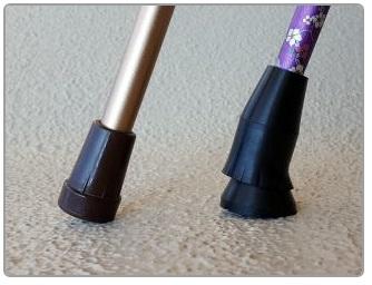 杖先ゴム「ラクーン」と一般的な杖先ゴムとの違い
